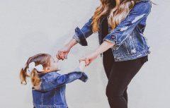 ست کردن مادر و دختری