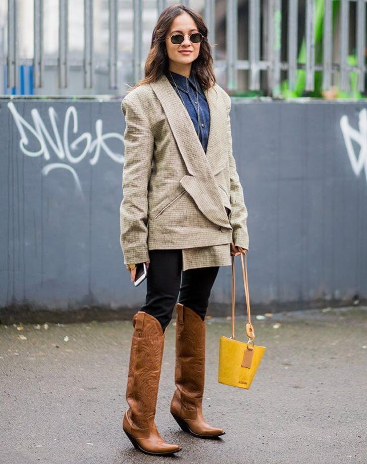 ترکیب شلوار جین و پالتو و چند نکته برای شیک پوشی زمستانی
