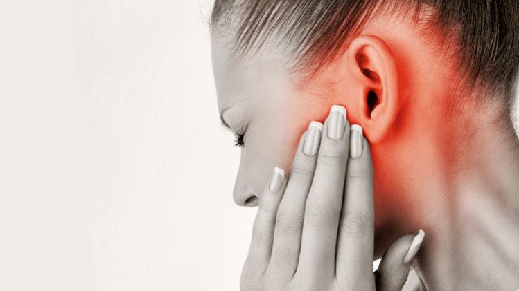 درد لاله گوش یا غضروف گوش