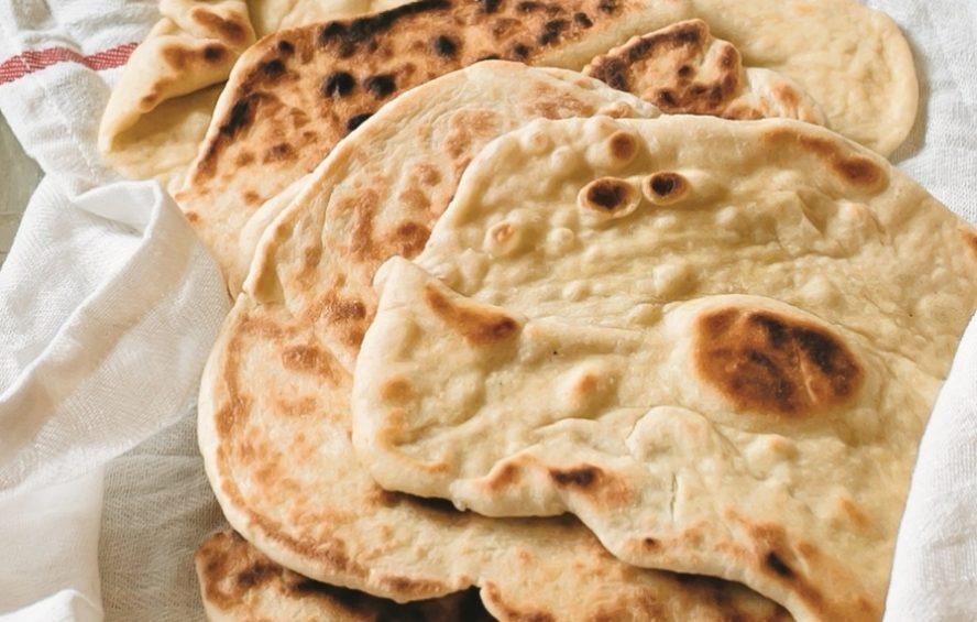 نان مسطح یونانی با خمیرترش