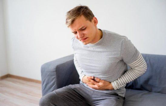 ورم معده (Gastritis)؛ علتها، علائم، تشخیص و درمان طبی و سنتی