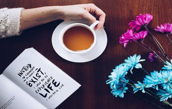 ۸ دلیلی که به شما می گوید چرا انسان ها به شعر احتیاج دارند