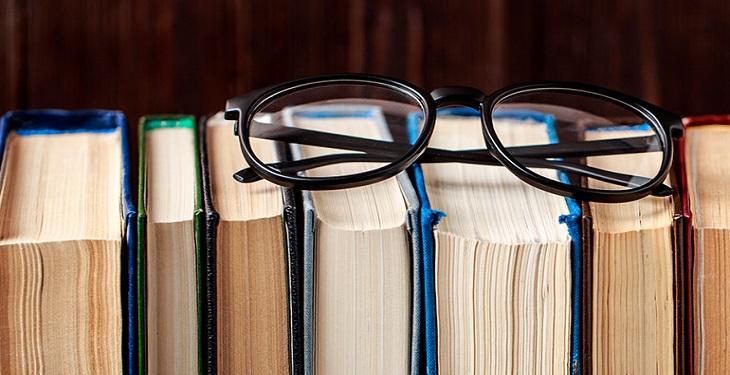 تا میتوانید کتاب بخوانید