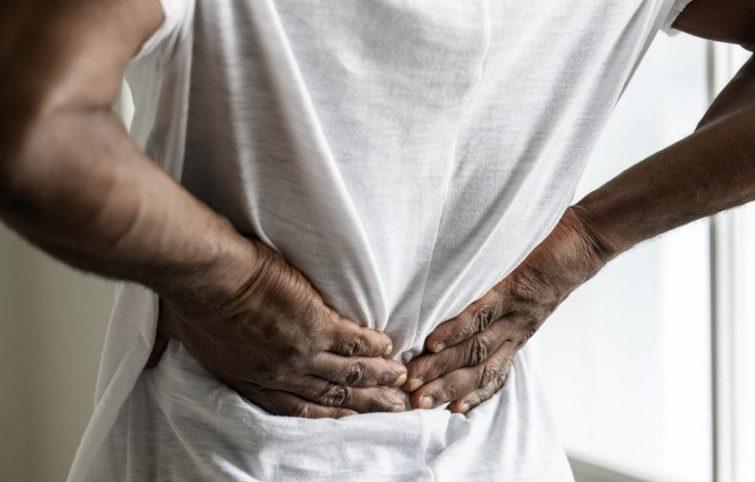 کمر درد و نگاهی به علت بروز، پیشگیری، درمان و انواع آن