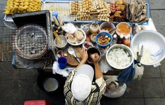 آنچه باید درباره تغذیه در سفر بدانیم