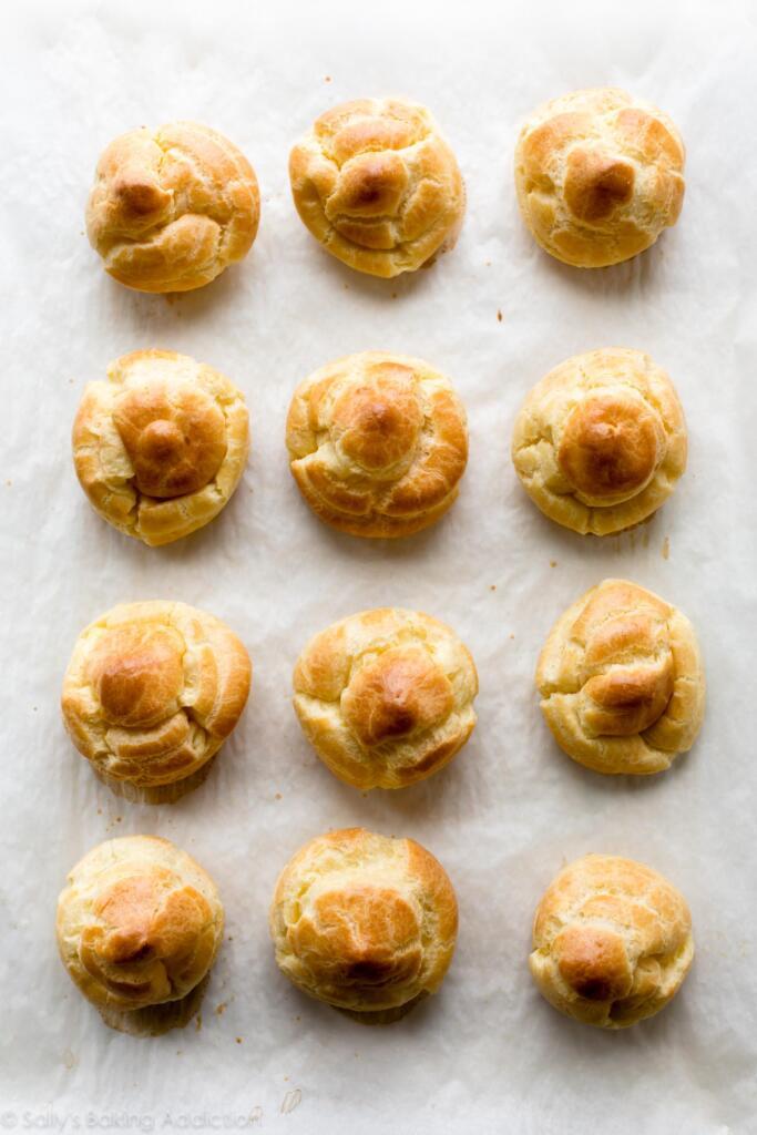 طرز تهیه نان خامه ای