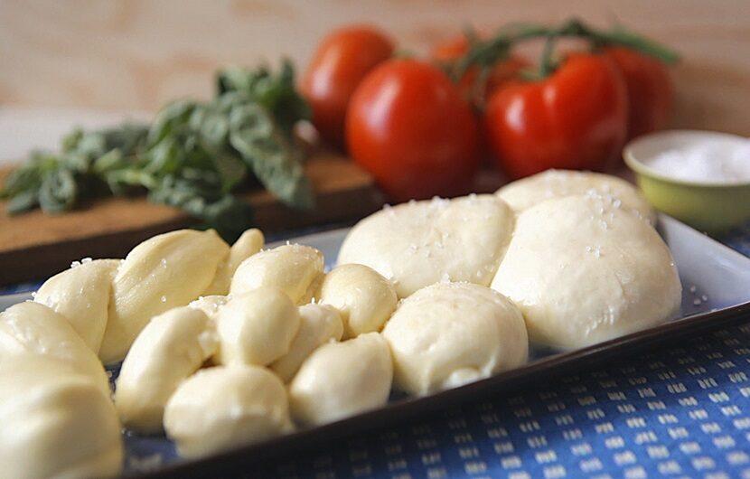پنیر موزارلا