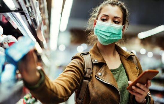 پوشیدن ماسک به شیوه صحیح و بررسی ۱۱ اشتباه در این مورد