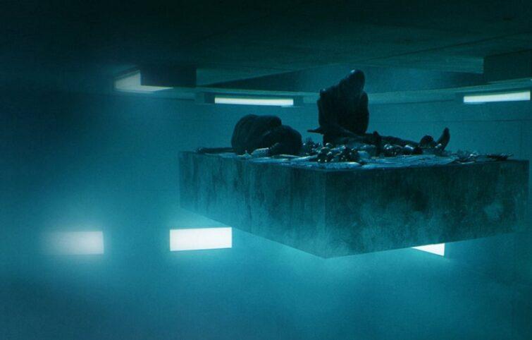 پلت فرم فیلمی چالش برانگیز و آینه ای تمام قد از وضعیت حاد نوع بشر
