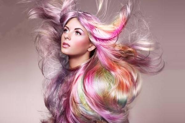 رنگ کردن مو را با شامپو رنگ به سادگی انجام دهید