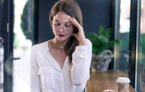 سرگیجه موقع خم شدن چه عللی دارد و چگونه رفع میشود؟