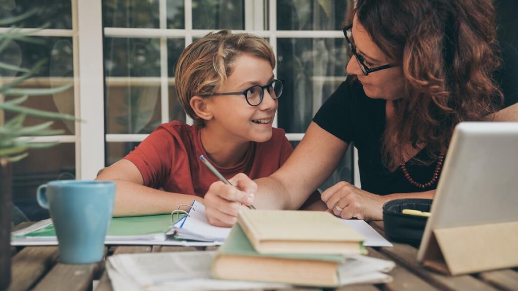 درس خواندن در خانه