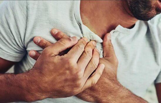 درد سمت راست قفسه سینه چه عللی دارد و چه موقع خطرناک است؟