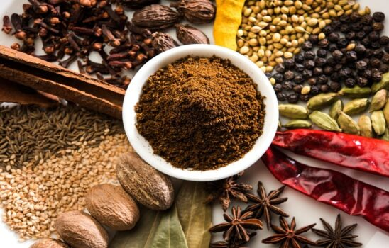 طرز تهیه ادویه گرام ماسالا در خانه با عطری عالی برای انواع غذاها